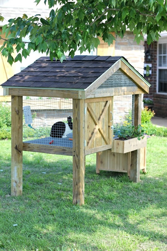 Flower Box Outdoor Rabbit Hutch Plan, From Ginger Snap Crafts