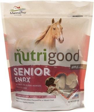 Manna Pro Nutrigood Senior Snax Horse Treats
