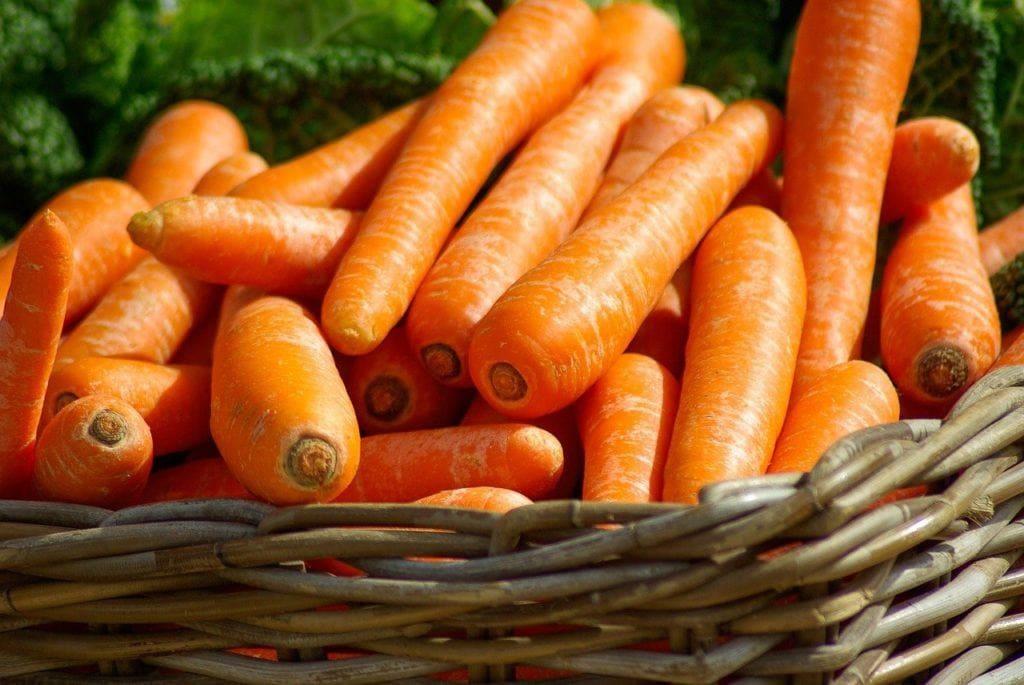basket of carrots_Pixabay