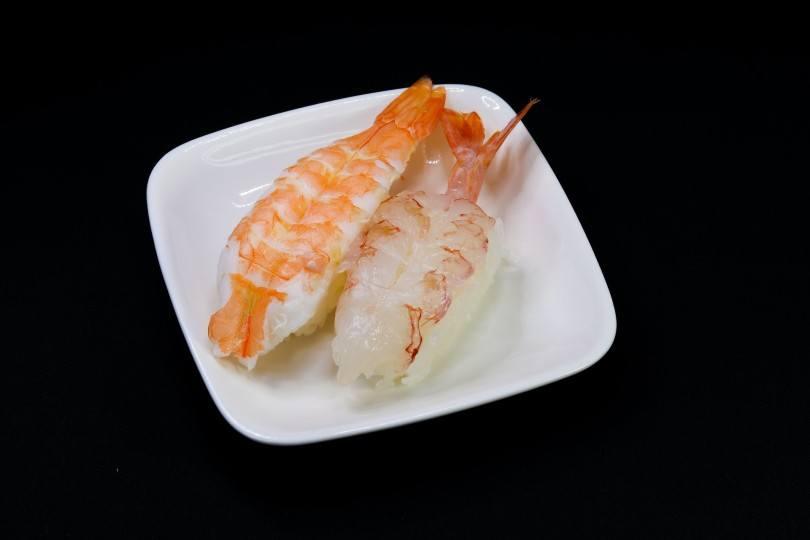 2 pieces of shrimps