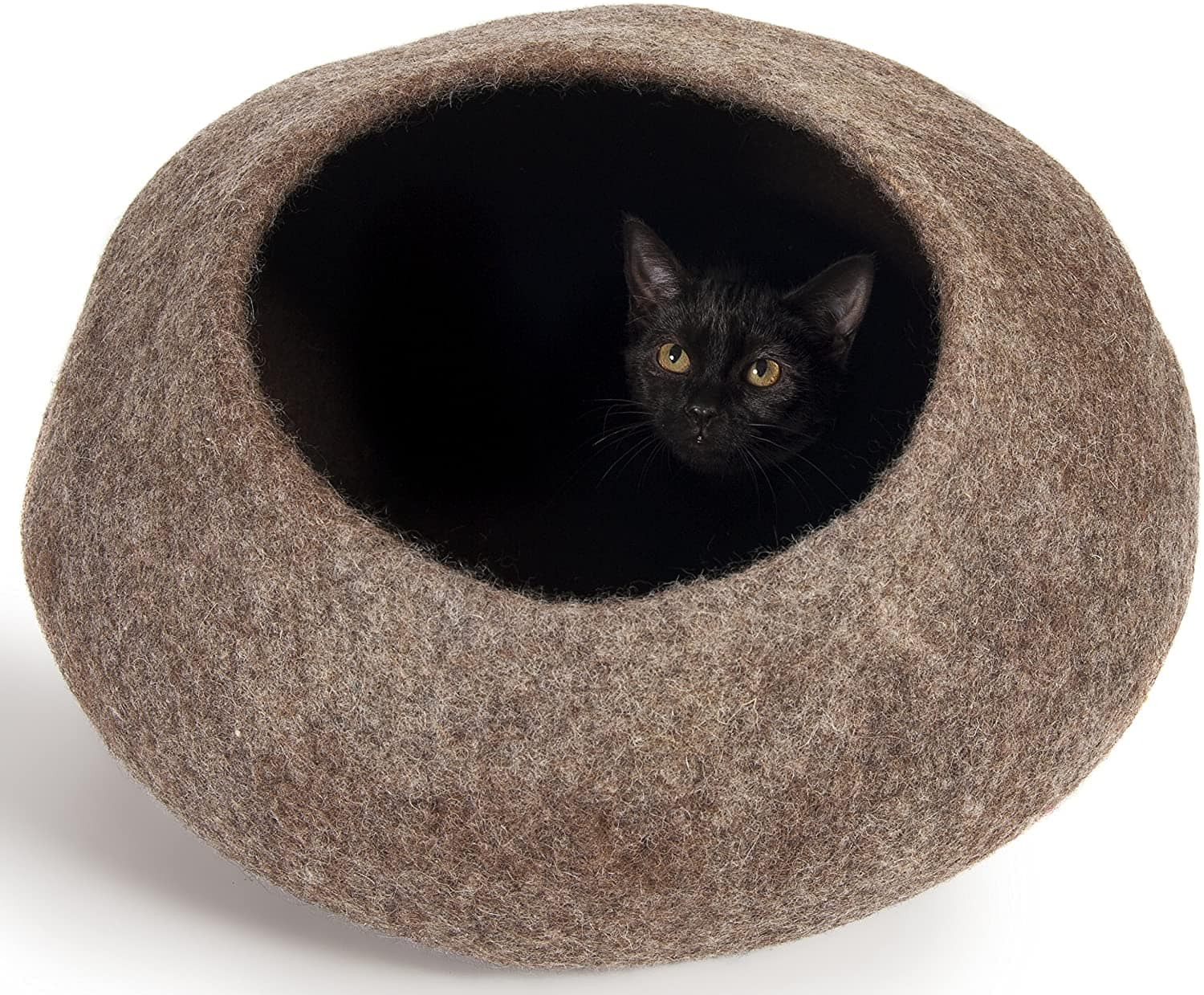 cat inside Twin Critters Handcrafted Pod Cat Bed