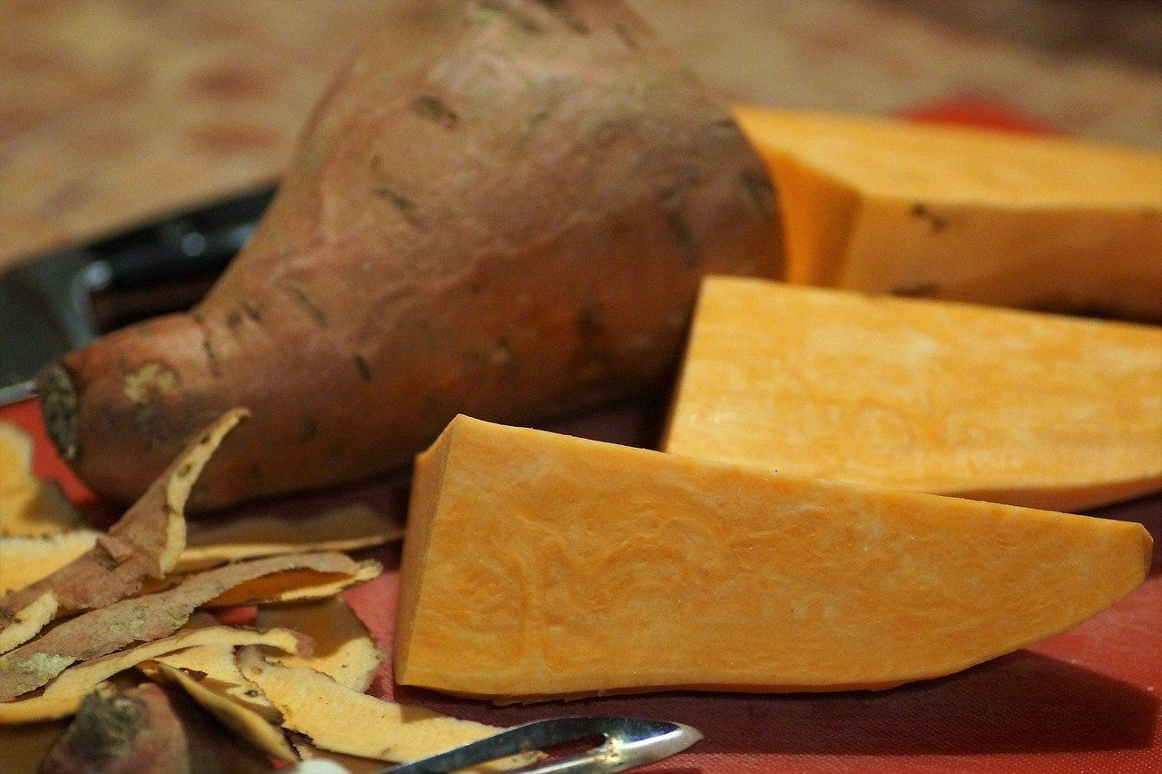 close up sliced sweet potato