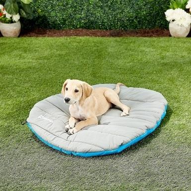 4Chuckit! Travel Pillow Dog Bed