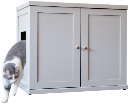 The Refined Feline Deluxe