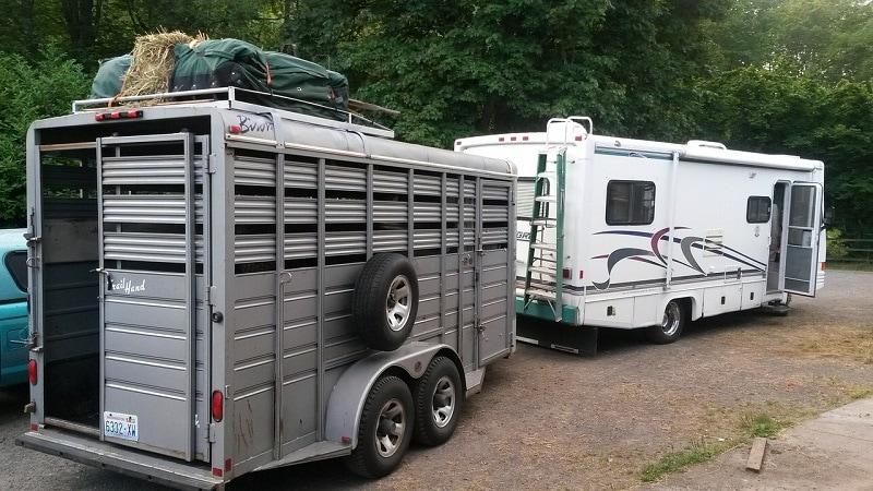 a big horse trailer